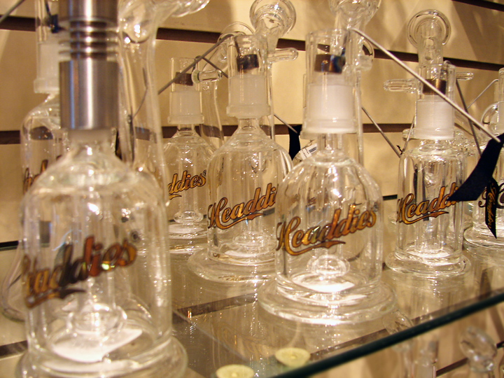 buy headdies, headdies glass san rafael, smoke shop marin, smoke shop san rafael, head shop marin, head shop san rafael, glass pipes marin, glass bong marin, glass pipe san rafael, glass bong san rafael